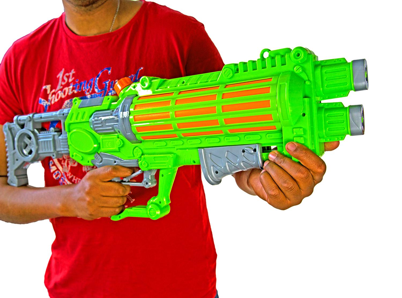 wassergewehr xxl 75 cm große reichweite spritzspielzeug