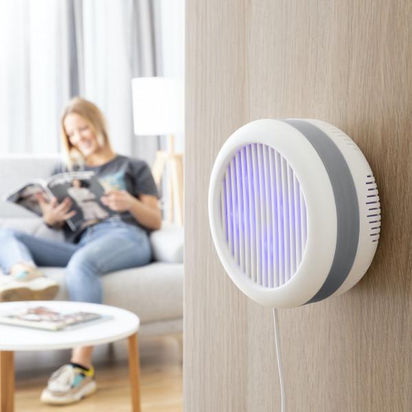 Mückenschutzlampe mit Saugfunktion und Wandhalterung | Insektenschutz | Insekten Vernichter | Moskito Killer | Mückenschutz | Antimückenlampe | Insektenabwehr für ruhige Sommernächte |geruchsneutral und ohne Chemikalien | über USB aufladbar